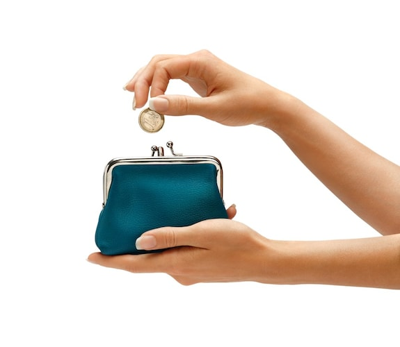 値段|すぐに購入するなら相場よりも安いもの、素材や機能にこだわるなら高いもの