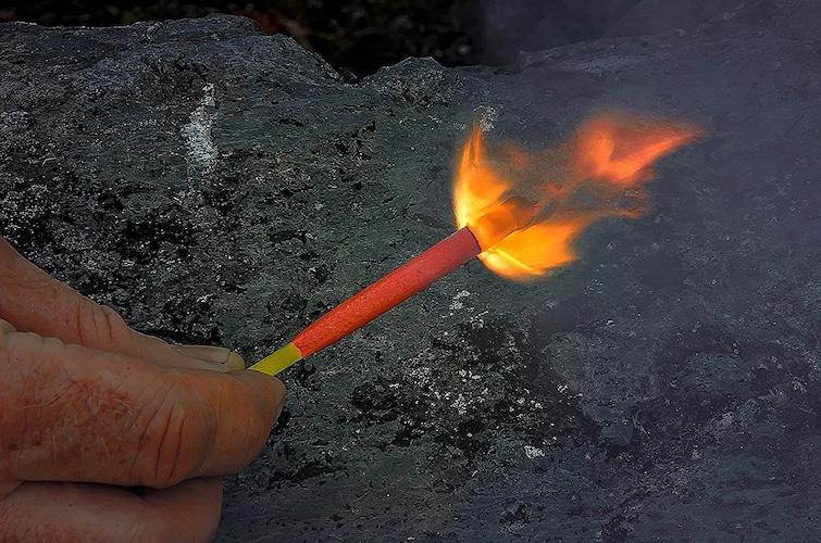 ▼木軸マッチの使い方・着火方法