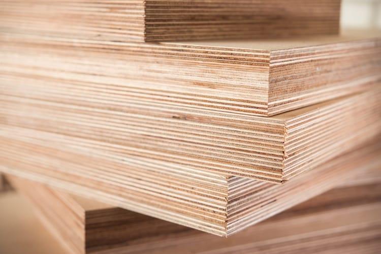 素材|軽いのはベニヤ板、DIYするならパーティクルボード