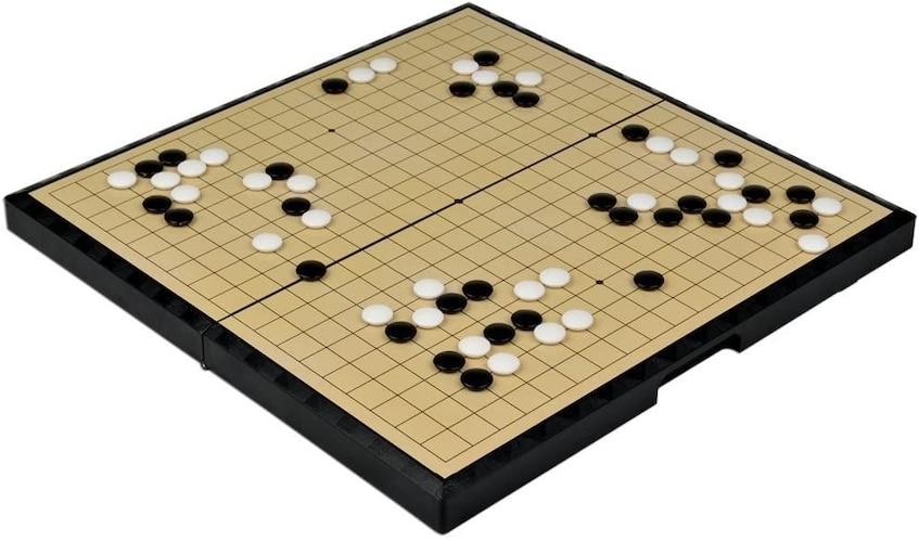 ▼公式戦で使われる「19路盤」