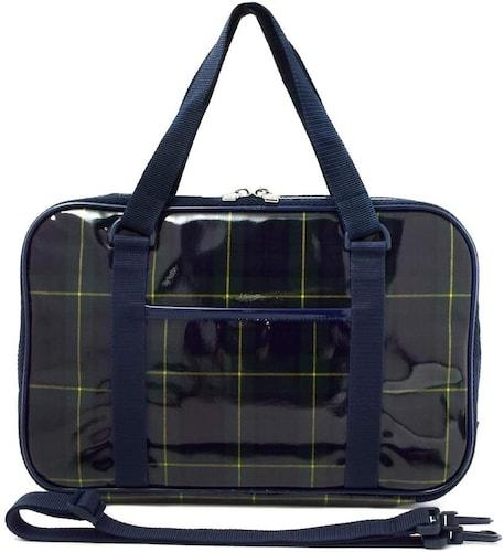 バッグ仕様2|撥水加工がされているものが便利、長く使えるハードタイプも