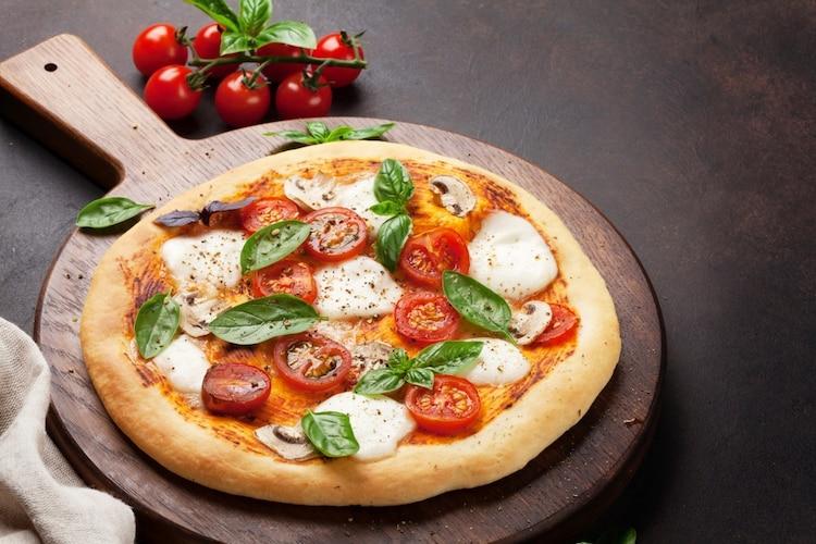 3:丸型はピザ用や鍋敷きにするのもおすすめ