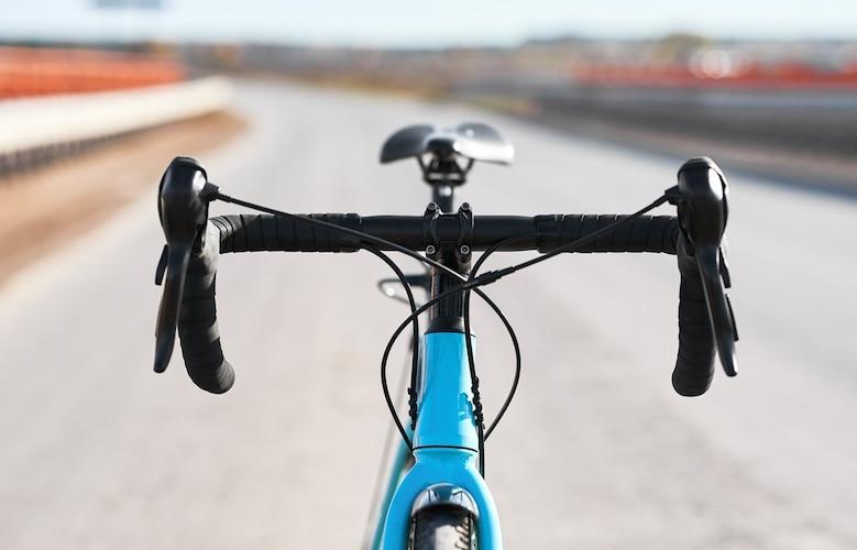 ハンドル|スピードの出やすさで選ぶのが一般的