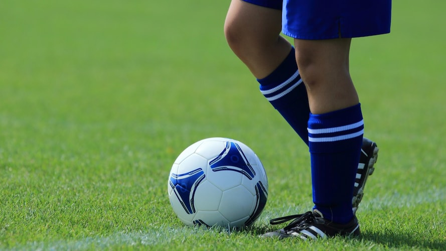 キッズ・ジュニア用トレーニングシューズの選び方&おすすめモデル