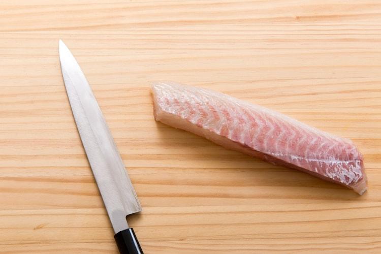 【柳刃包丁】刺身や魚介類のスライスに便利
