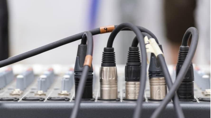 XRL接続