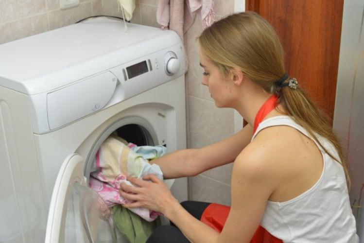 ドラム式洗濯機に泡立ちが良い洗剤をおすすめしない理由