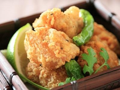 フライドチキン 鶏の唐揚げ(ニンニク塩味)