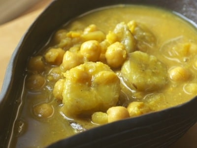 バナナとひよこ豆のカレー