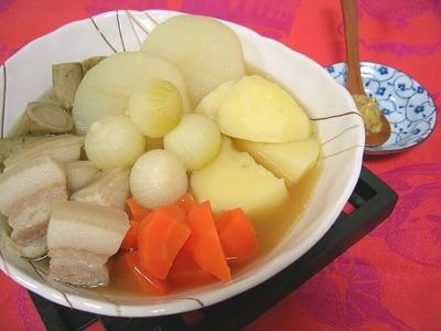 豚ばら肉と冬野菜の体が温まるポトフ