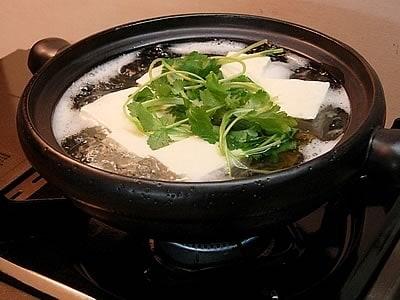 手づくりのポン酢で味わう湯豆腐