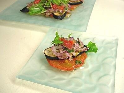 トマトとナスの焼き野菜サラダ