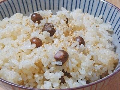 秋の味覚、むかごの炊き込みご飯