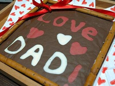 愛するパパへ、額縁入り特大チョコレート