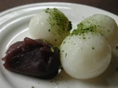 お月見団子の簡単レシピ!だんご粉でもちもちに仕上げる作り方