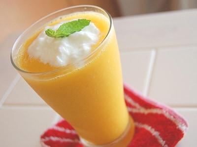 マンゴー&オレンジスムージー