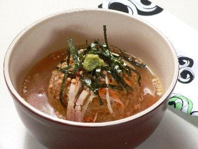 焼きおにぎりの野菜スープ茶漬け