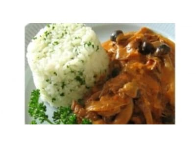 ビーフストロガノフのレシピ!フライパンを使う簡単な作り方