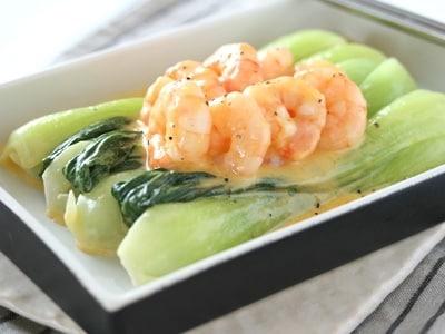 えびと青梗菜のカルボナーラ・クリーム煮