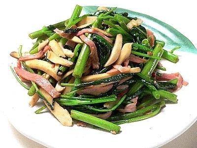 空芯菜とハムの炒めもの
