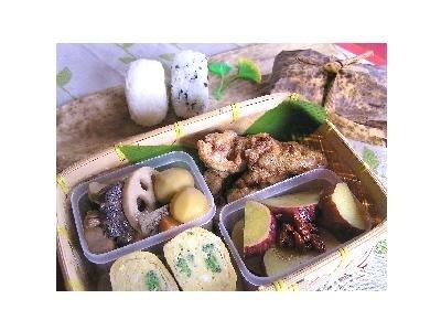 豚肉のから揚げと栗の甘酢煮の行楽弁当