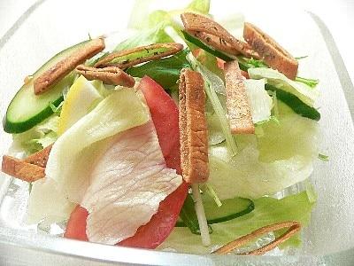 【簡単!酒の肴】 カリカリおつまみサラダ