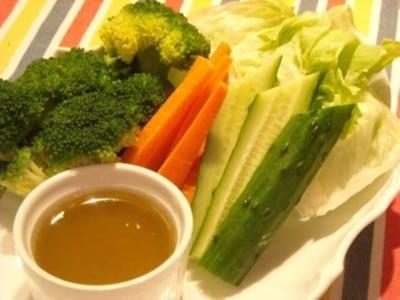 バーニャカウダのソースレシピ!野菜がもっと美味しくなる簡単作り方