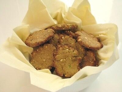 バナナとアボカドのおからクッキー