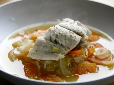 魚がふっくら仕上がる 白身魚の簡単ブイヤベース風