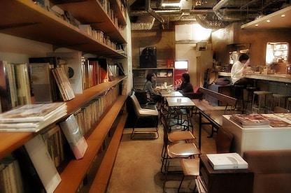 コンバインカフェ店内の写真