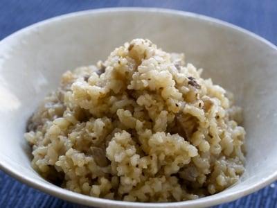 炒り玄米とポルチーニのおかゆ