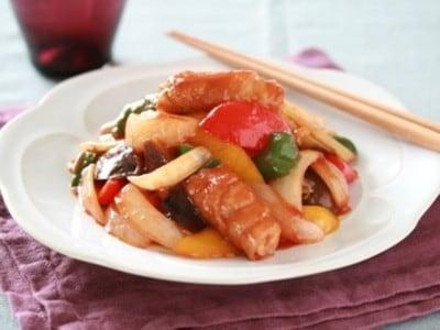 豚肉をくるくる巻いて酢豚!揚げない簡単スピード料理レシピ