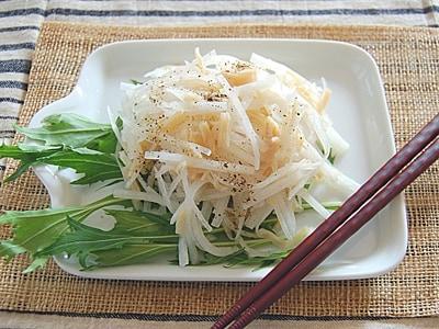大根とホタテの缶詰の柚子胡椒サラダ