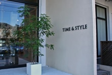 TIME & STYLE HOMEエントランス