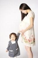 二人目の妊娠という場合は、育児をしながら腰への負担が増すことも……