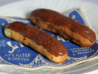 電子レンジカスタードで作るチョコレートエクレア