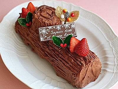 ブッシュドノエルの作り方!クリスマスロールケーキの簡単レシピ