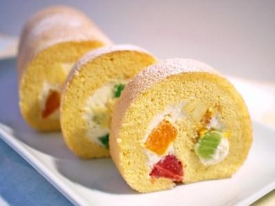 ロールケーキのレシピ!初心者でもふわふわしっとりにする作り方