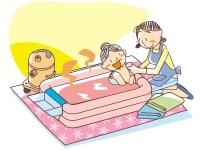 訪問入浴介護では、居室内に簡易浴槽を持ち込んで、スタッフ3人が入浴介助を行ってくれます