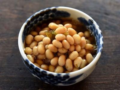 大豆を圧力鍋で簡単10分!戻し方・ゆで方と大豆の醤油炒りレシピ