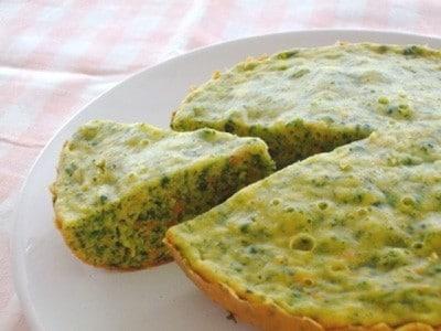 炊飯器で簡単!野菜入りホットケーキパンレシピ