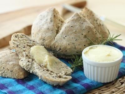 ベーキングパウダーで作るパンレシピ! ソーダブレッドと生バター