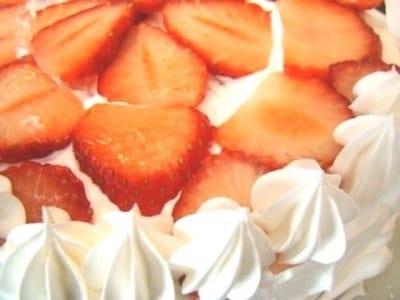 乳製品なし!クリスマスケーキの簡単レシピ