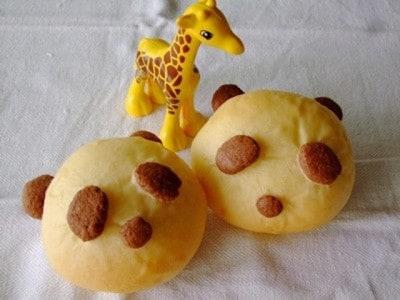 簡単手作りパンダパンレシピ……パンダの形をしたキュートなパン!