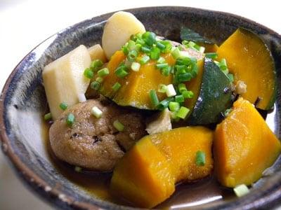 シリコンクッカーで作る野菜の煮物