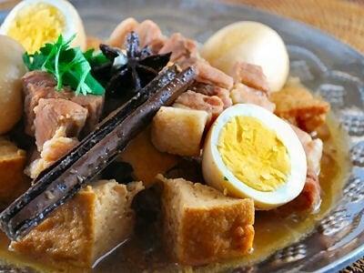 ムーカイパローのレシピ……タイ風豚肉と卵と厚揚げの煮物の作り方