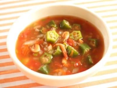 オクラと野菜たっぷりのガンボ風ヘルシースープ