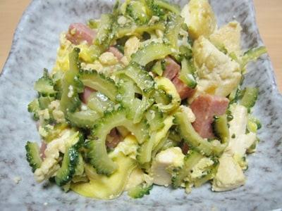 沖縄県の郷土料理 ゴーヤーチャンプルー