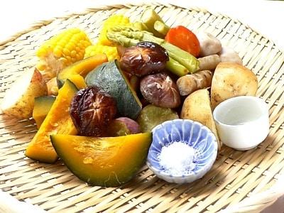 お釜でおかず2品 野菜の緑茶蒸し&棒棒鶏サラダ
