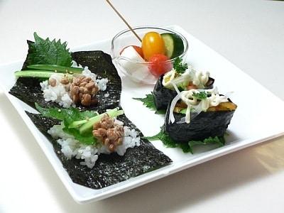 寿司酢大活躍! トマトのピクルスとサラダ寿司